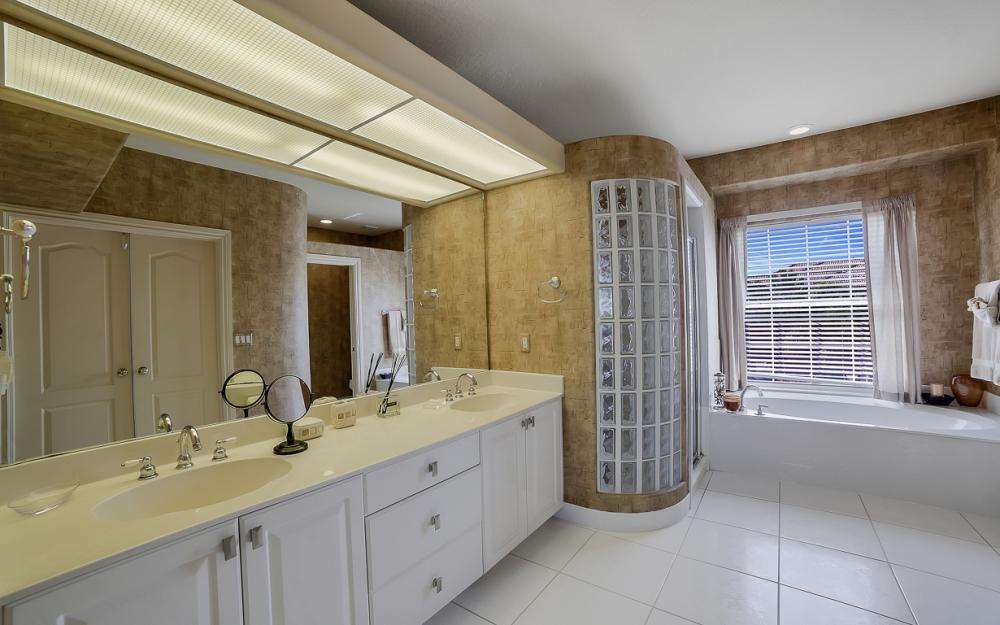 736 Plantation Ct, Marco Island - Home For Sale 425005171