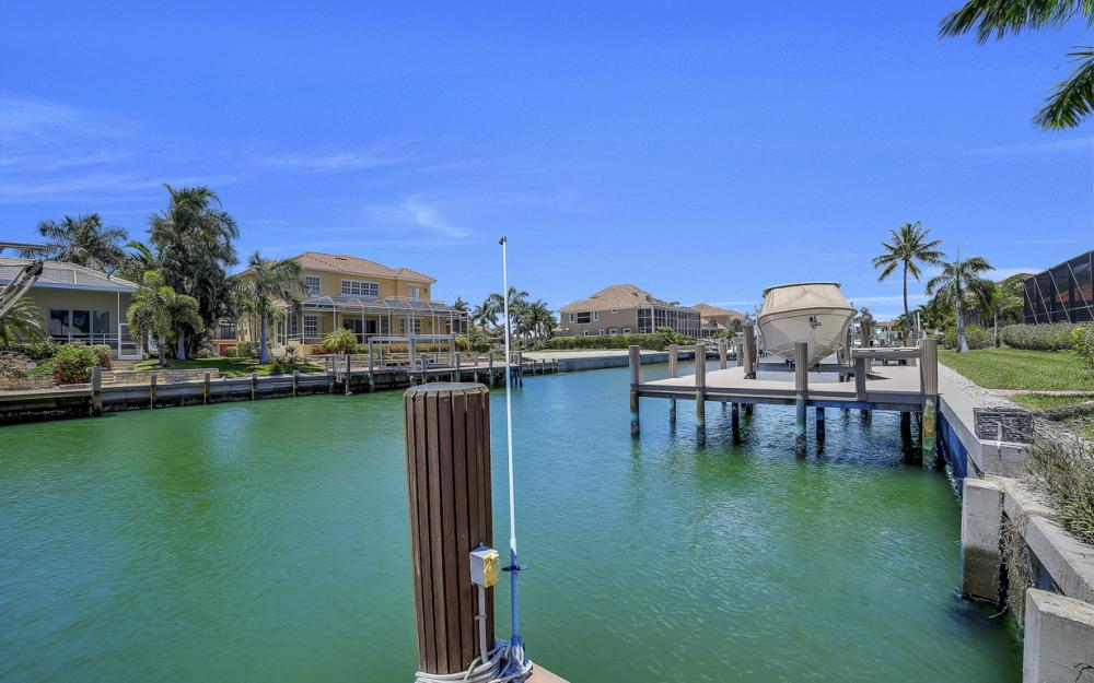 736 Plantation Ct, Marco Island - Home For Sale 2088460763