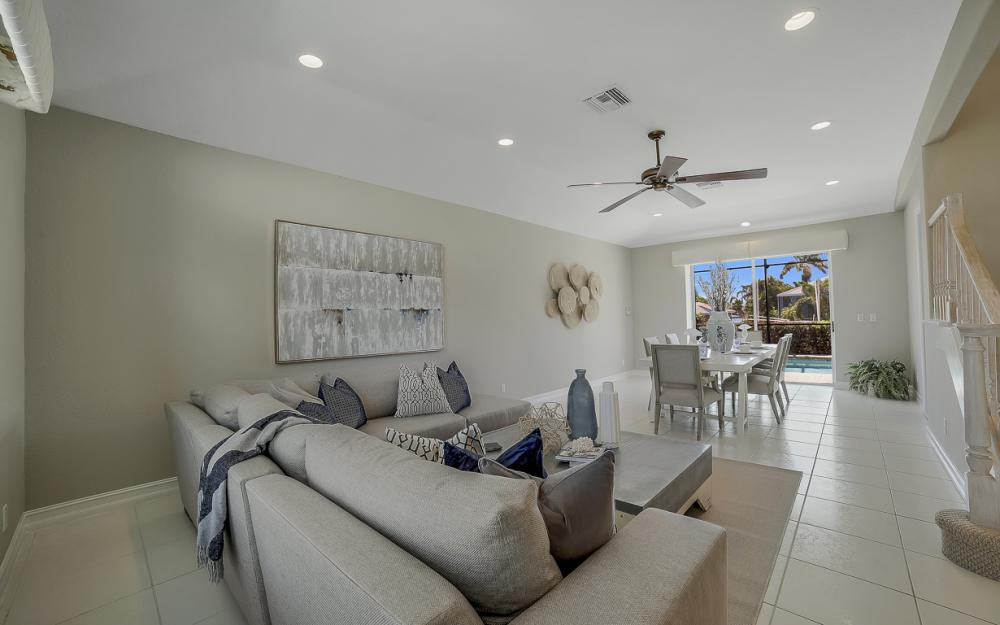 736 Plantation Ct, Marco Island - Home For Sale 970384536