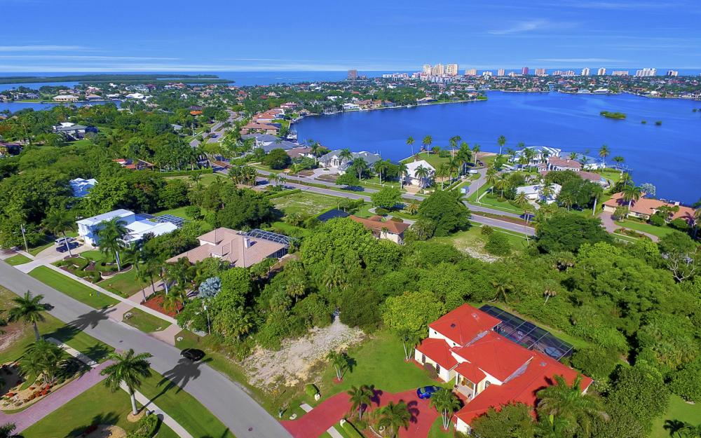 720 Inlet Dr, Marco Island - Lot For Sale 195612333