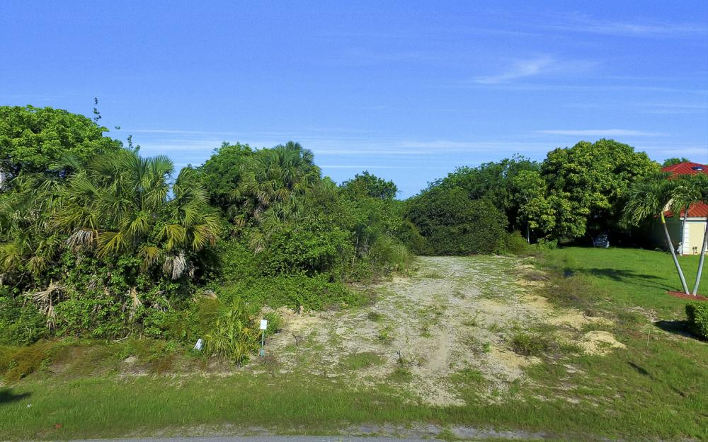 720 Inlet Dr, Marco Island - Lot For Sale 1843655921
