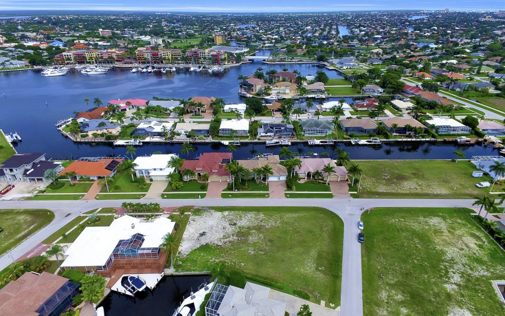 698 Cameo Ct, Marco Island - Lot For Sale 1576015978