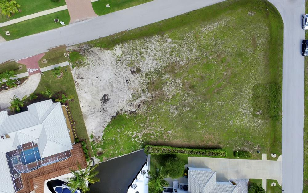 698 Cameo Ct, Marco Island - Lot For Sale 42290681