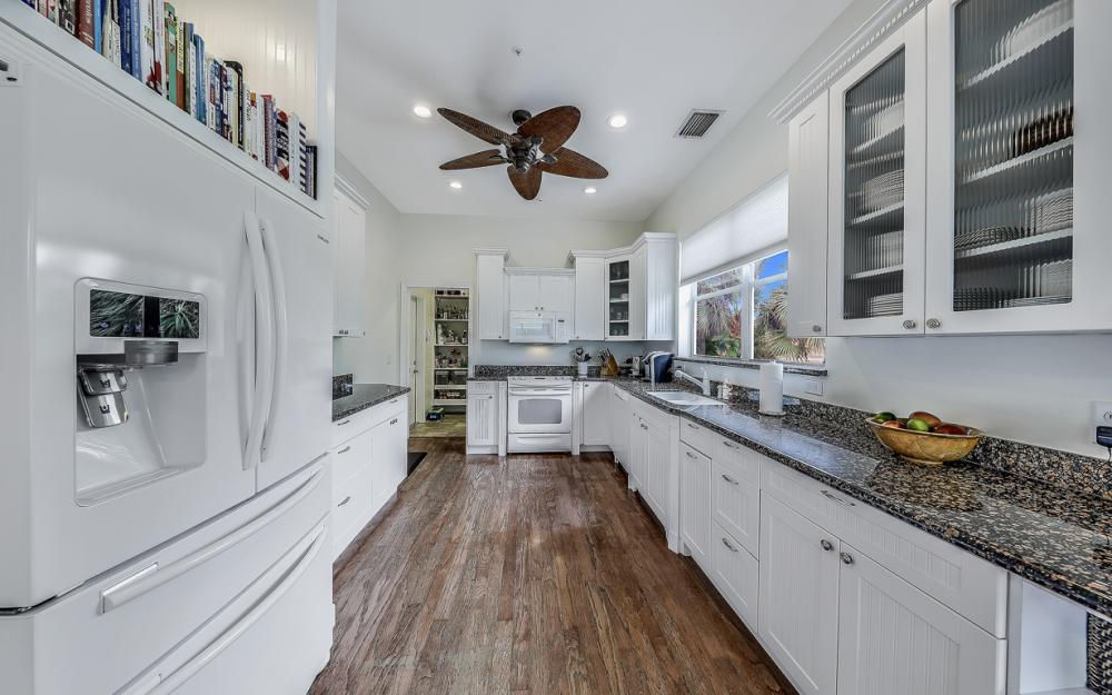 705 Austin Ct, Marco Island - Home For Sale 700978250