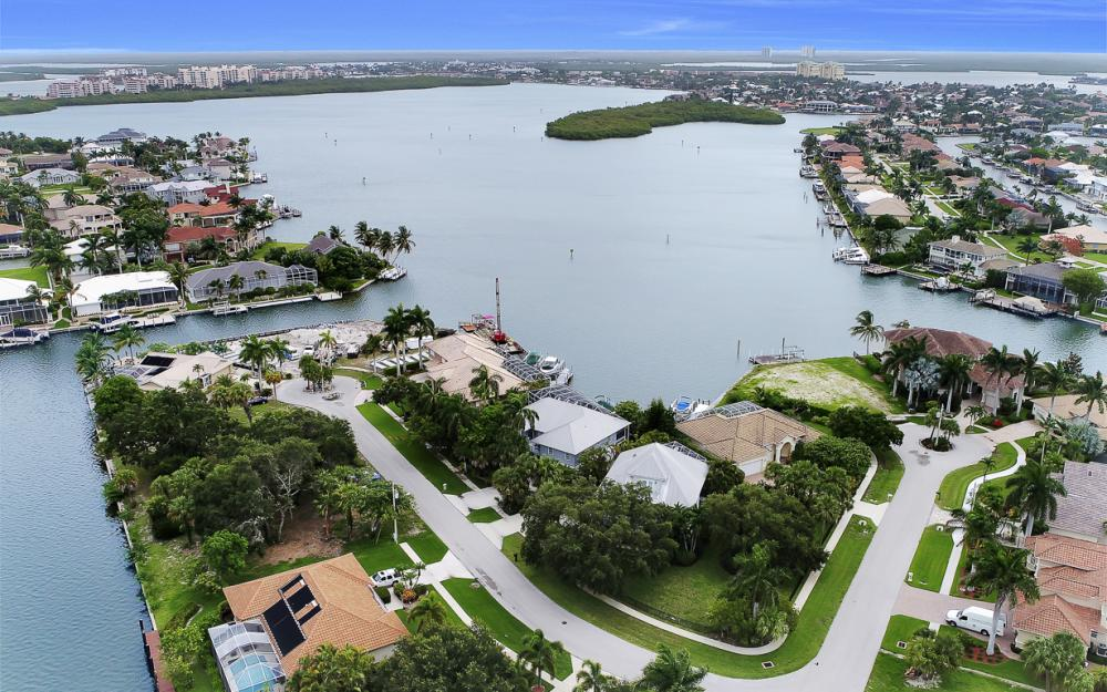 705 Austin Ct, Marco Island - Home For Sale 1151144055