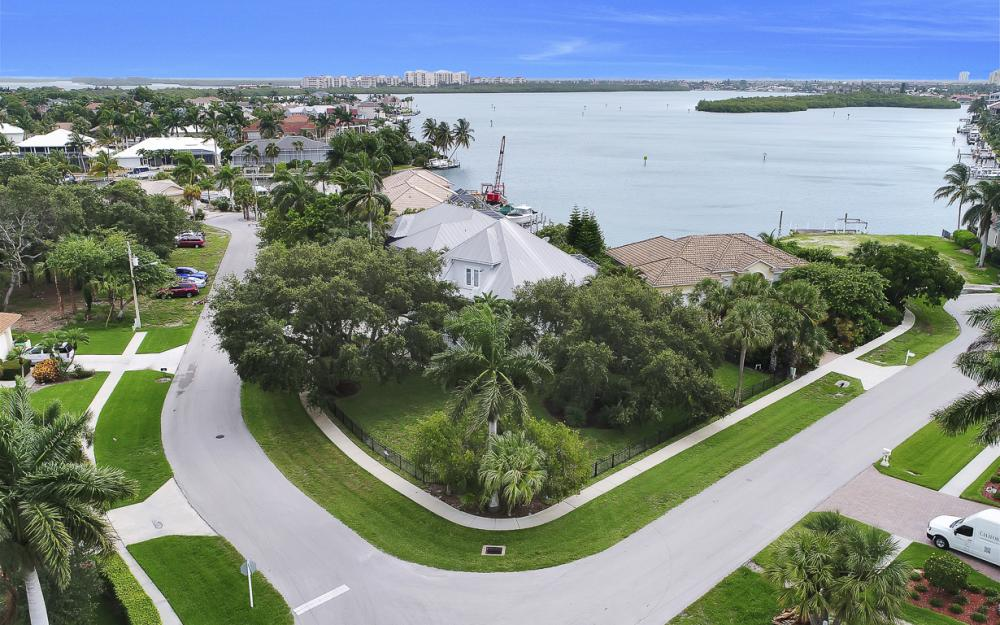 705 Austin Ct, Marco Island - Home For Sale 572839603