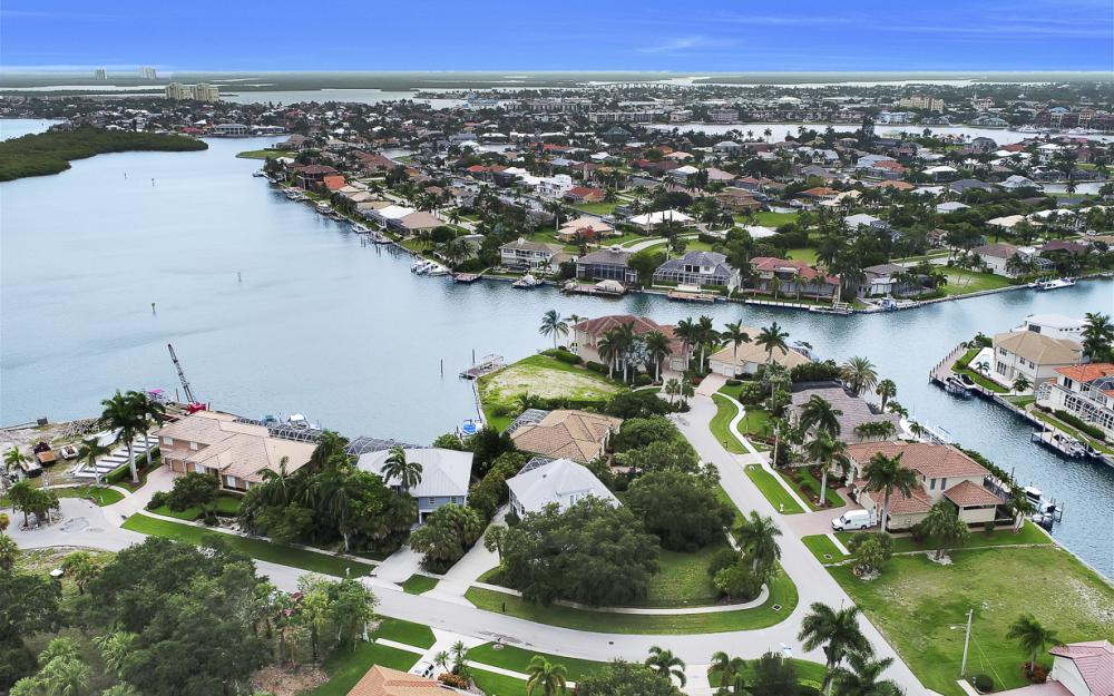 705 Austin Ct, Marco Island - Home For Sale 843277029