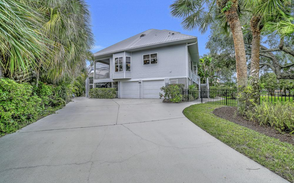 705 Austin Ct, Marco Island - Home For Sale 907538152