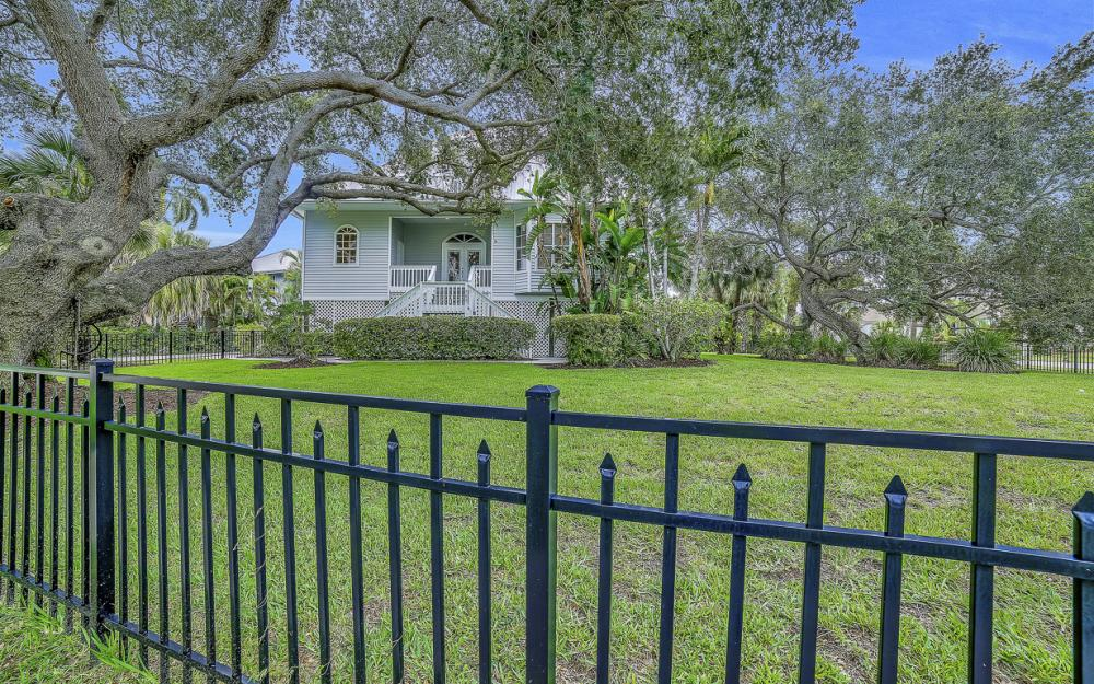 705 Austin Ct, Marco Island - Home For Sale 864052477