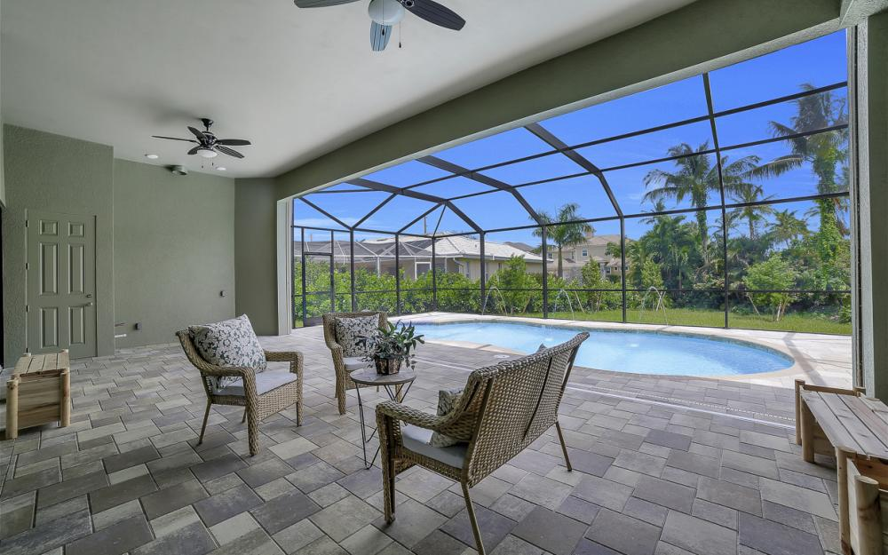 616 Somerset Ct, Marco Island - Home For Sale 435672484