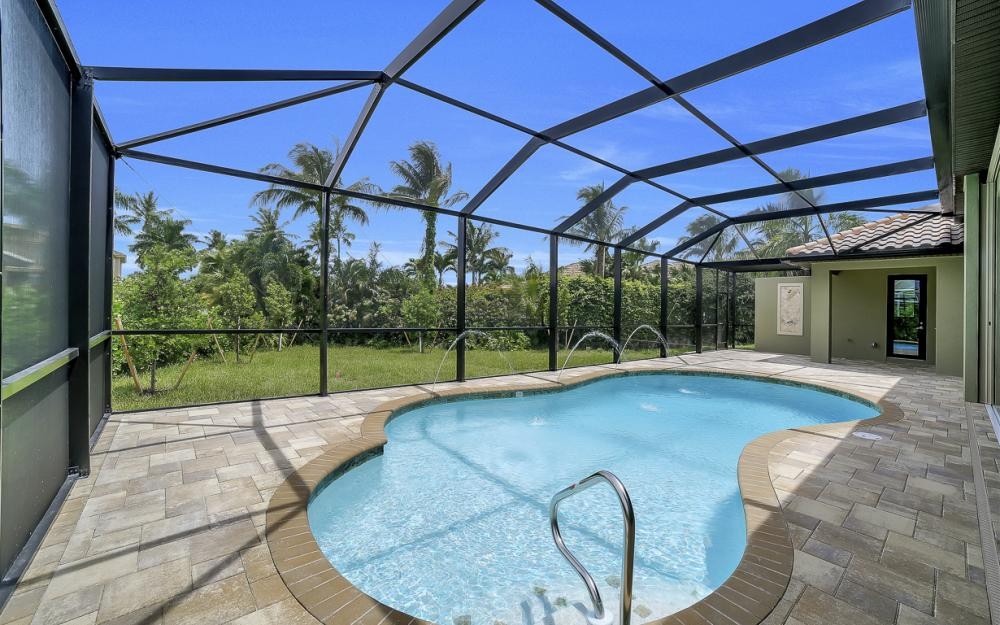 616 Somerset Ct, Marco Island - Home For Sale 1021452814