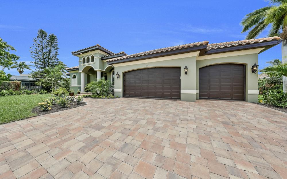 616 Somerset Ct, Marco Island - Home For Sale 1377138010