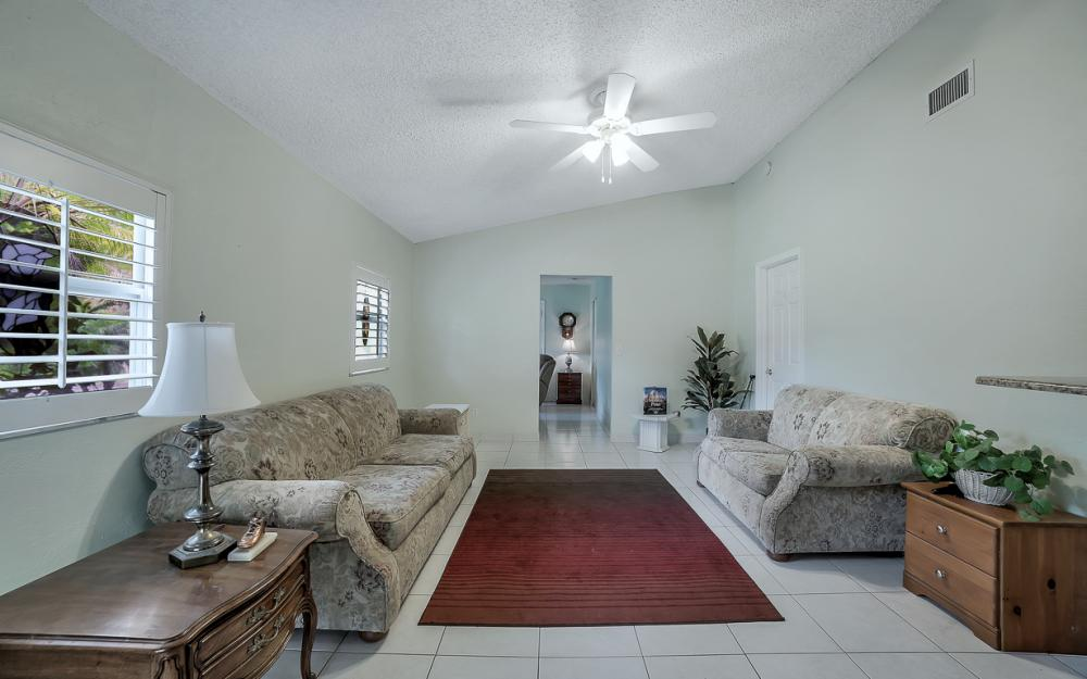 331 17th St NW, Naples - Home For Sale 170203126