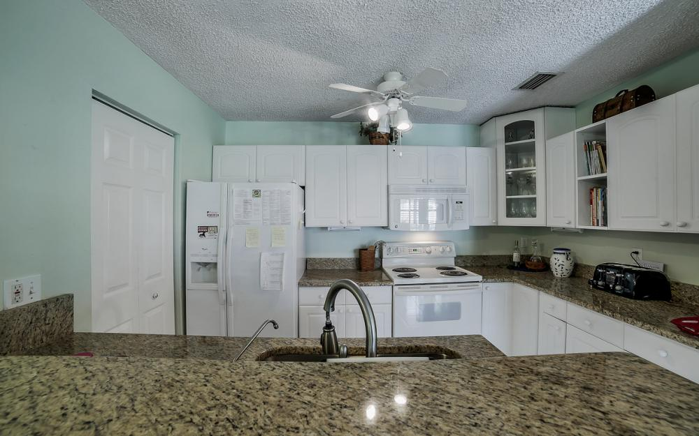 331 17th St NW, Naples - Home For Sale 908682516