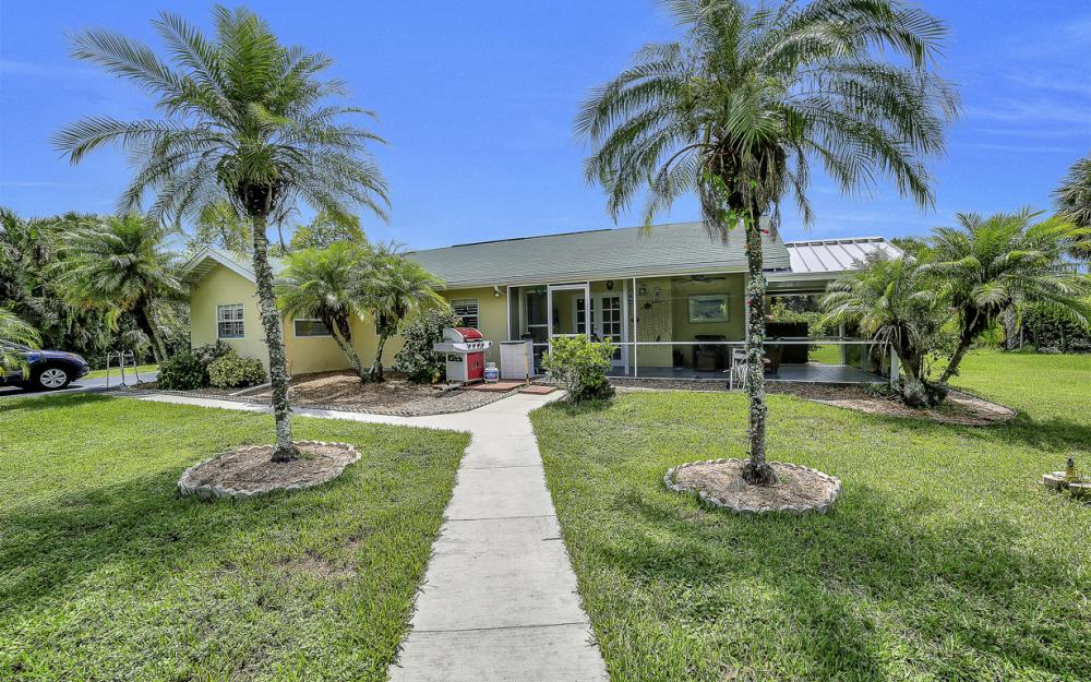 331 17th St NW, Naples - Home For Sale 461042884