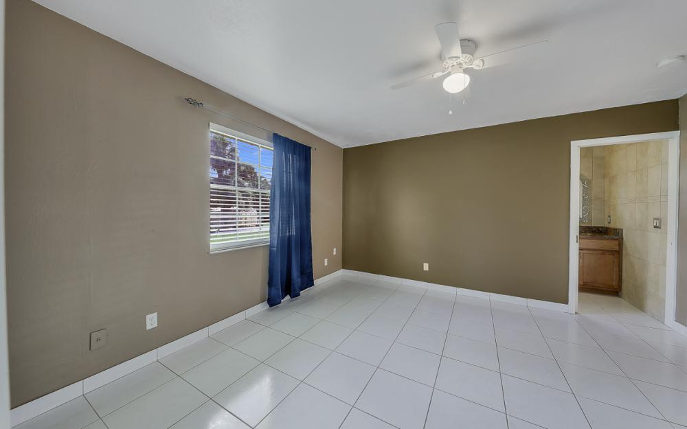 331 17th St NW, Naples - Home For Sale 875876413