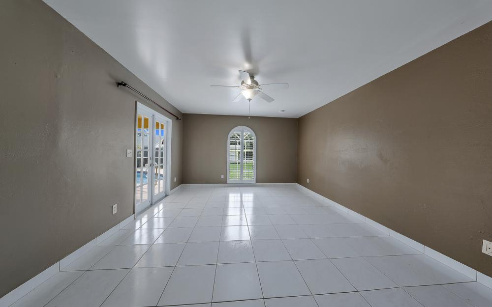 331 17th St NW, Naples - Home For Sale 2033843565