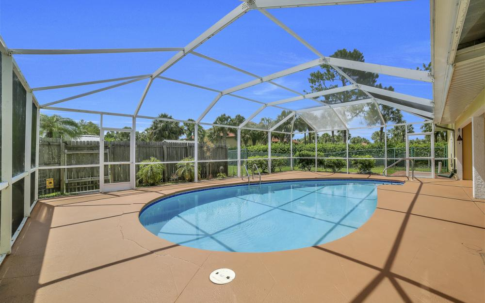 331 17th St NW, Naples - Home For Sale 203059817
