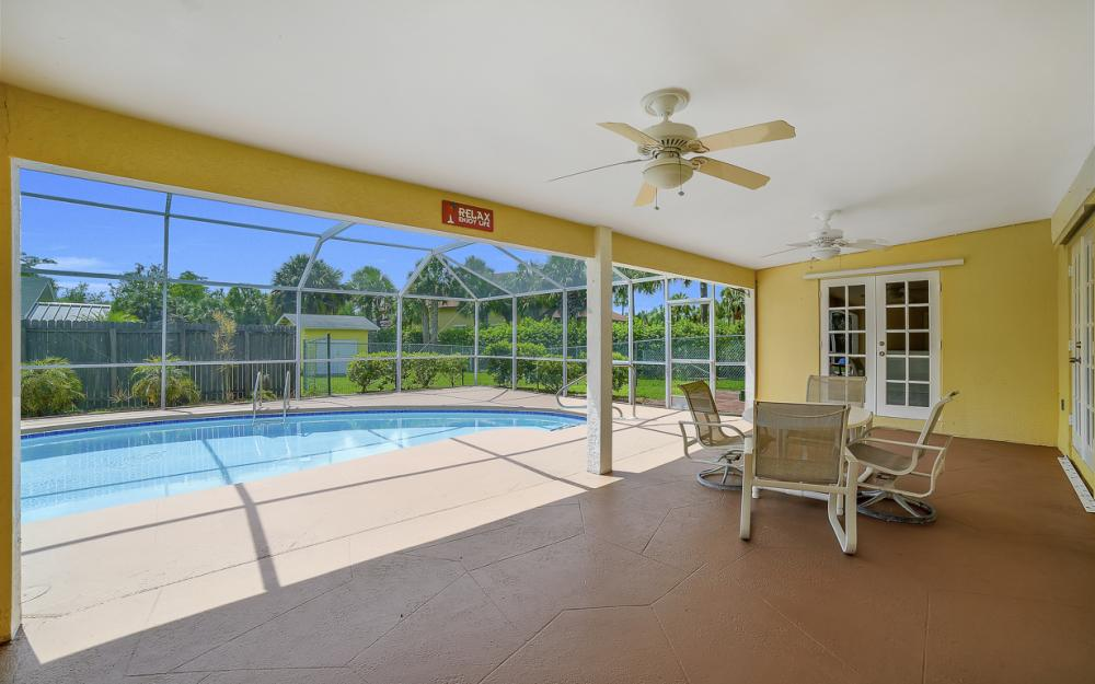 331 17th St NW, Naples - Home For Sale 1141208913