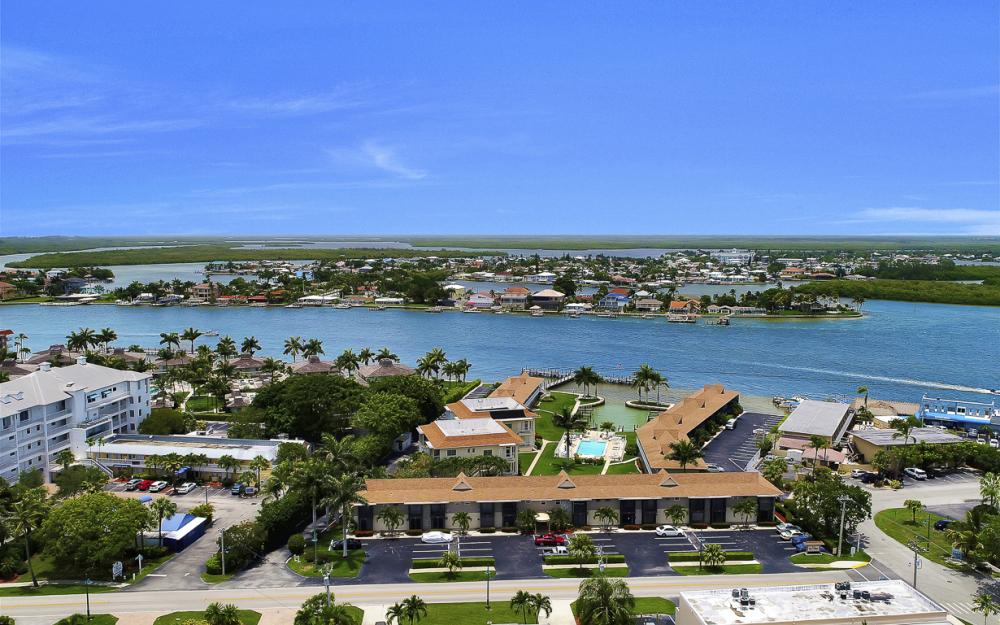 850 Palm St C20, Marco Island - Condo For Sale 2117247280