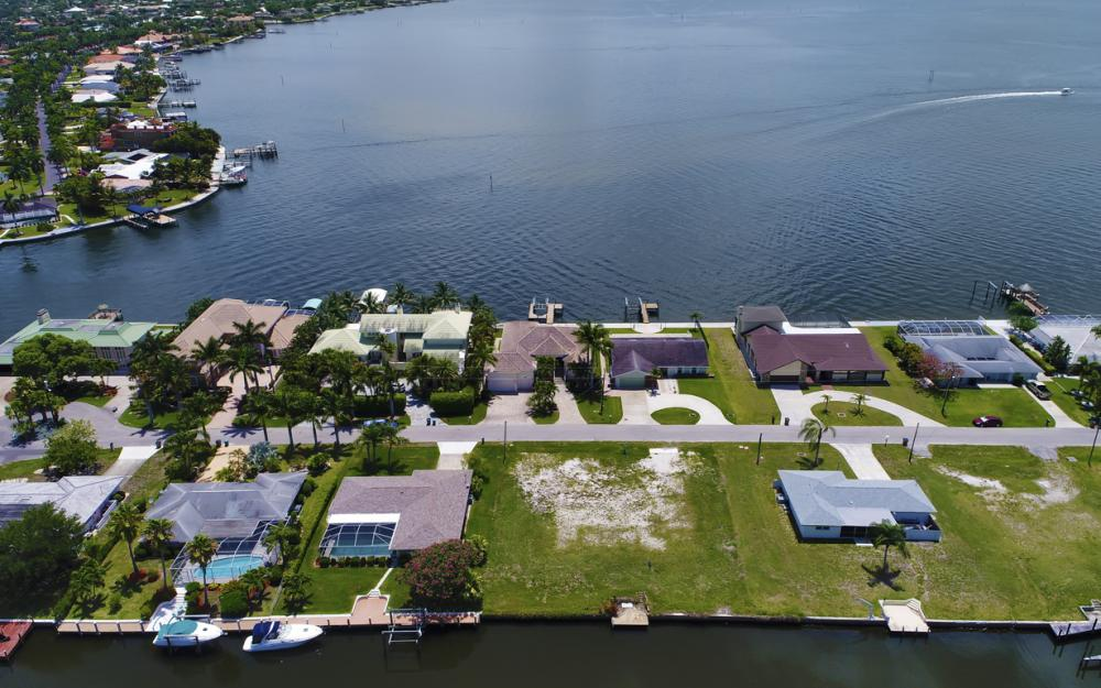 5820 SW 1st Ave, Cape Coral - Lot For Sale 108917398
