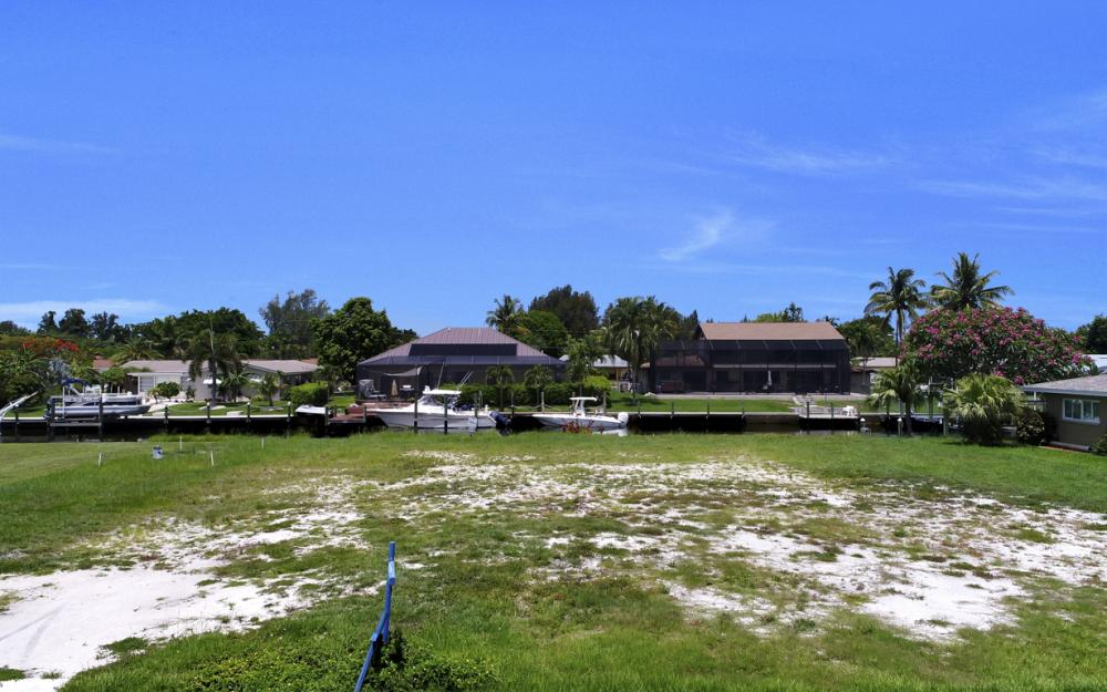 5820 SW 1st Ave, Cape Coral - Lot For Sale 253259729