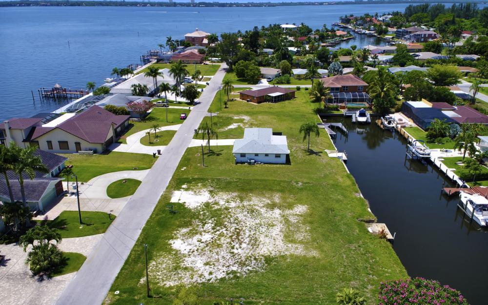 5820 SW 1st Ave, Cape Coral - Lot For Sale 282251049