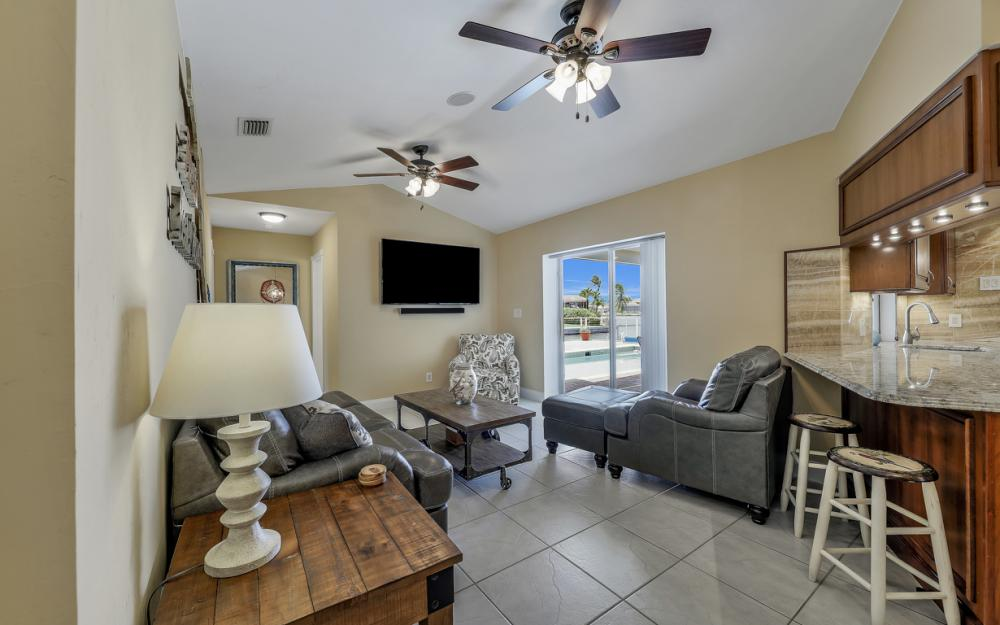970 Ironwood Ct, Marco Island - Home For Sale 878054075