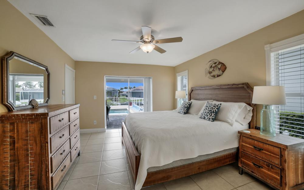 970 Ironwood Ct, Marco Island - Home For Sale 396637239
