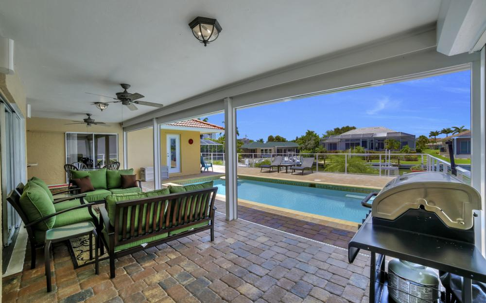 970 Ironwood Ct, Marco Island - Home For Sale 896345523