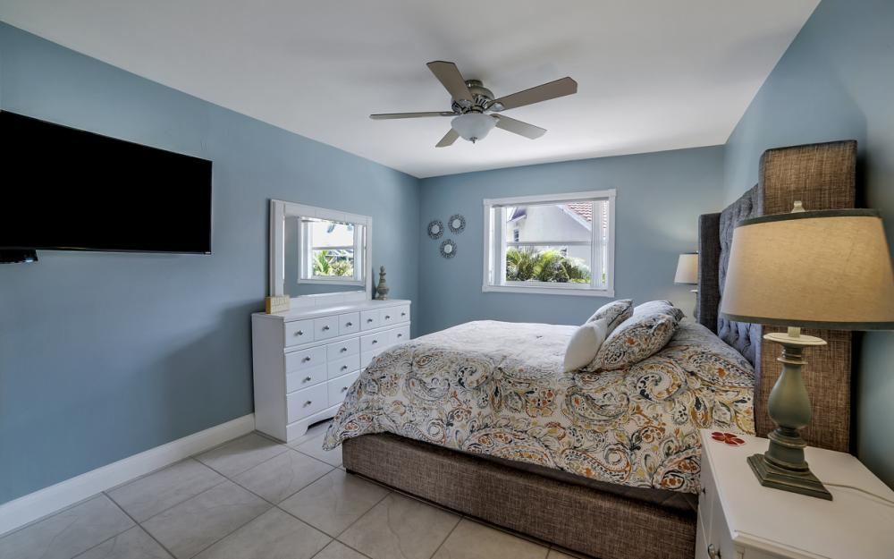 970 Ironwood Ct, Marco Island - Home For Sale 37126130