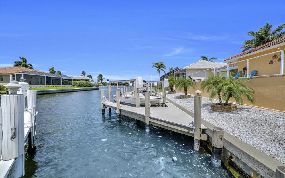 970 Ironwood Ct, Marco Island - Home For Sale 1132067776