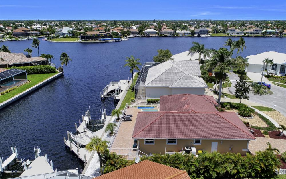 970 Ironwood Ct, Marco Island - Home For Sale 311907007