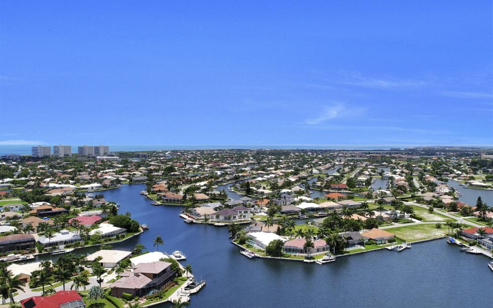 190 Waterside Cir #202, Marco Island - Condo For Sale 2009873941
