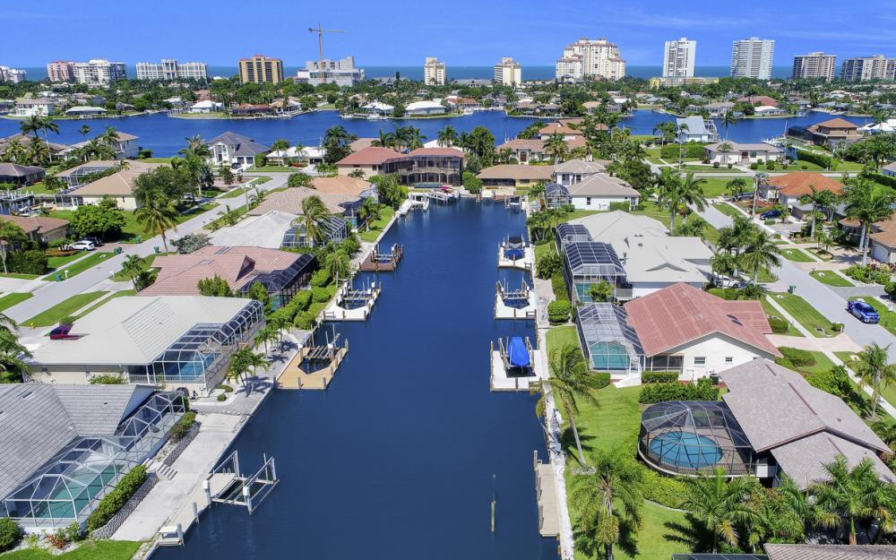 1149 Bond Ct, Marco Island - Home For Sale 792198334