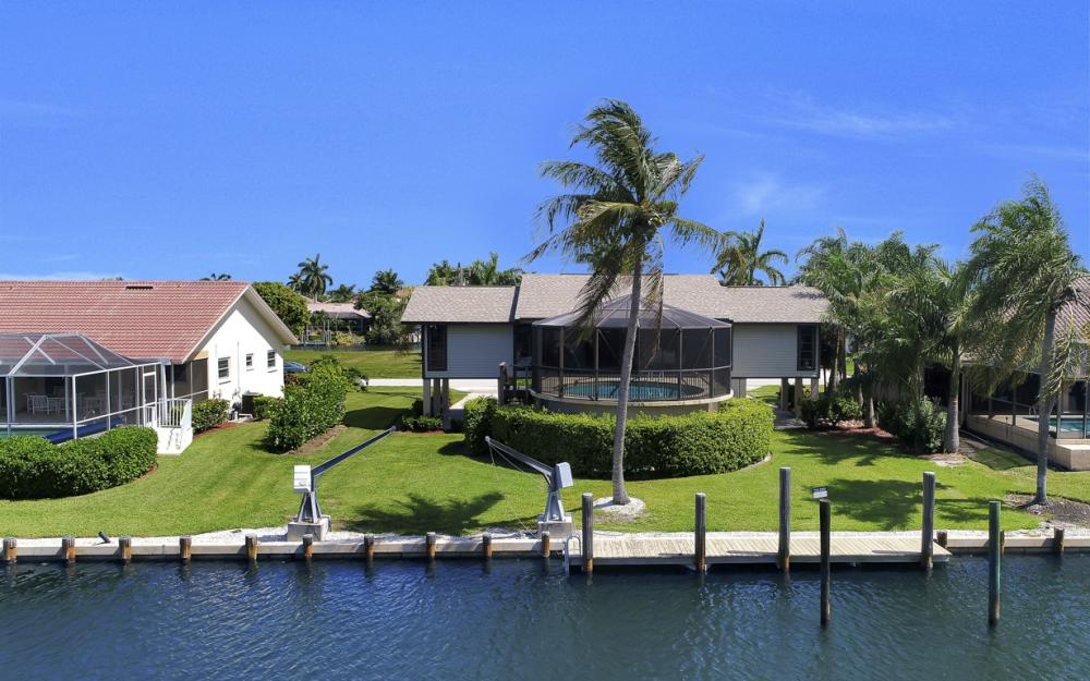 1149 Bond Ct, Marco Island - Home For Sale 197538986