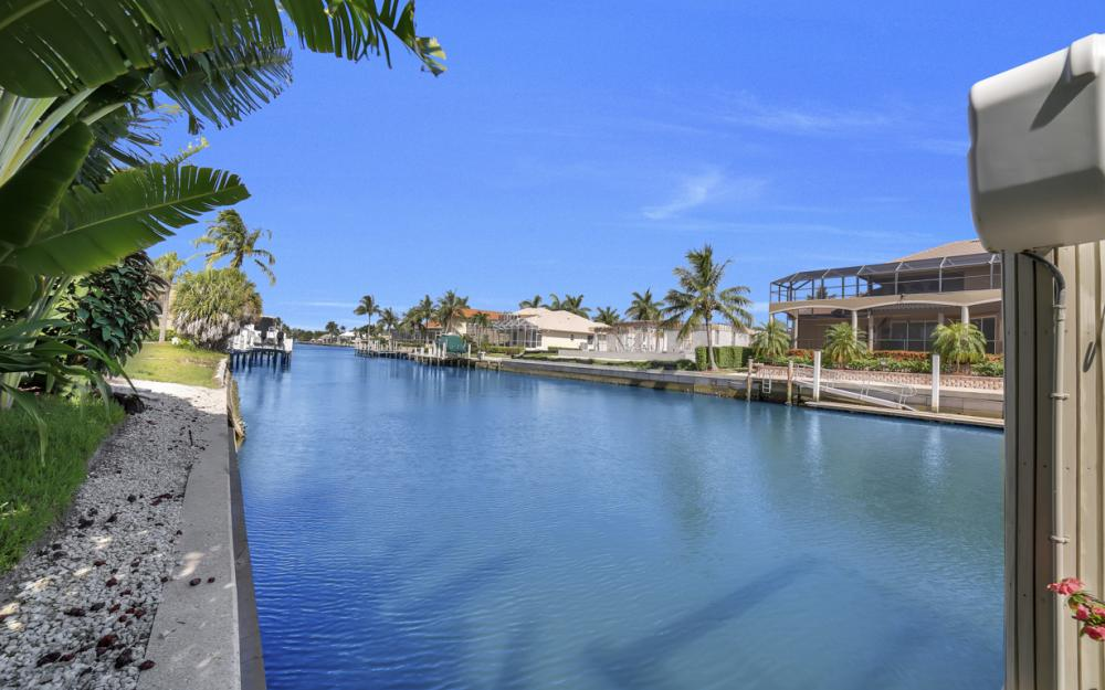 1230 Osprey Ct, Marco Island - Home For Sale 972786183