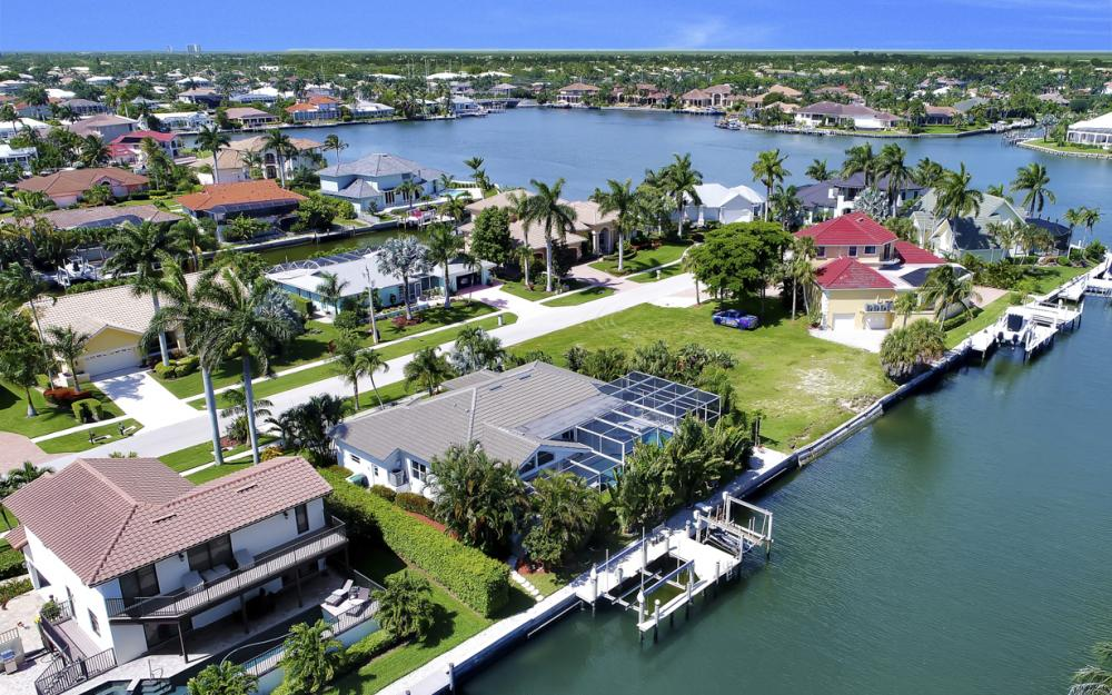 1230 Osprey Ct, Marco Island - Home For Sale 324764778
