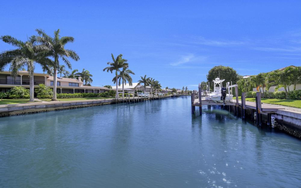 1230 Osprey Ct, Marco Island - Home For Sale 1241083142