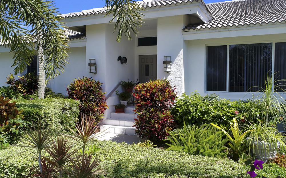 1230 Osprey Ct, Marco Island - Home For Sale 1039051705