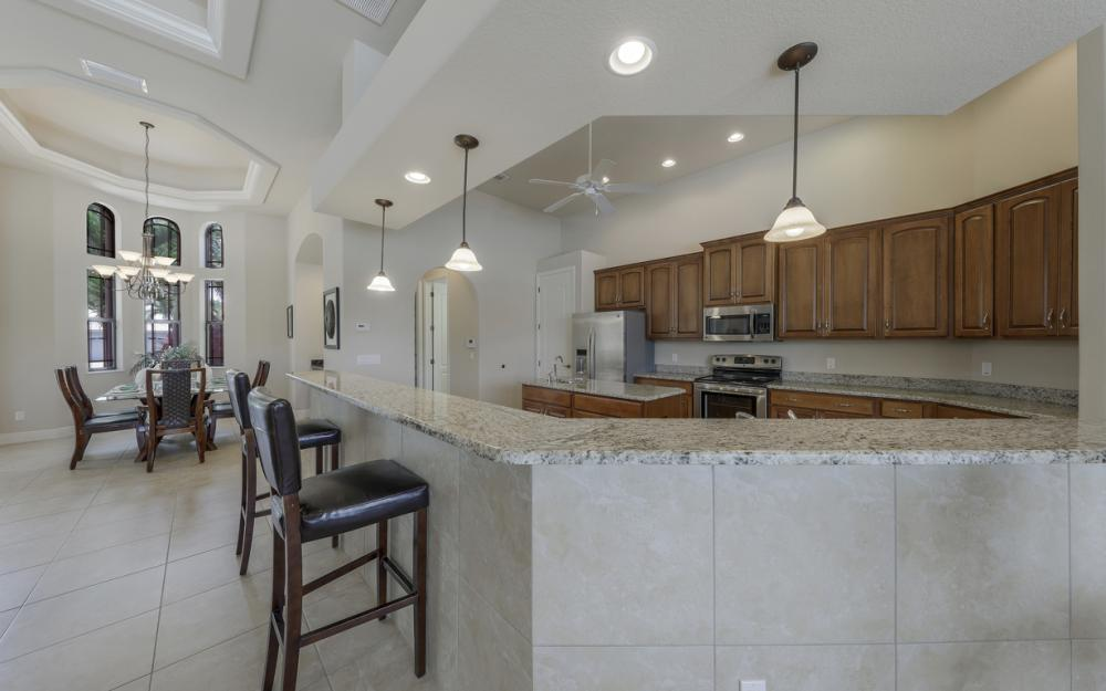 5231 SW 28th Pl, Cape Coral - Luxury Home For Sale 1755206290