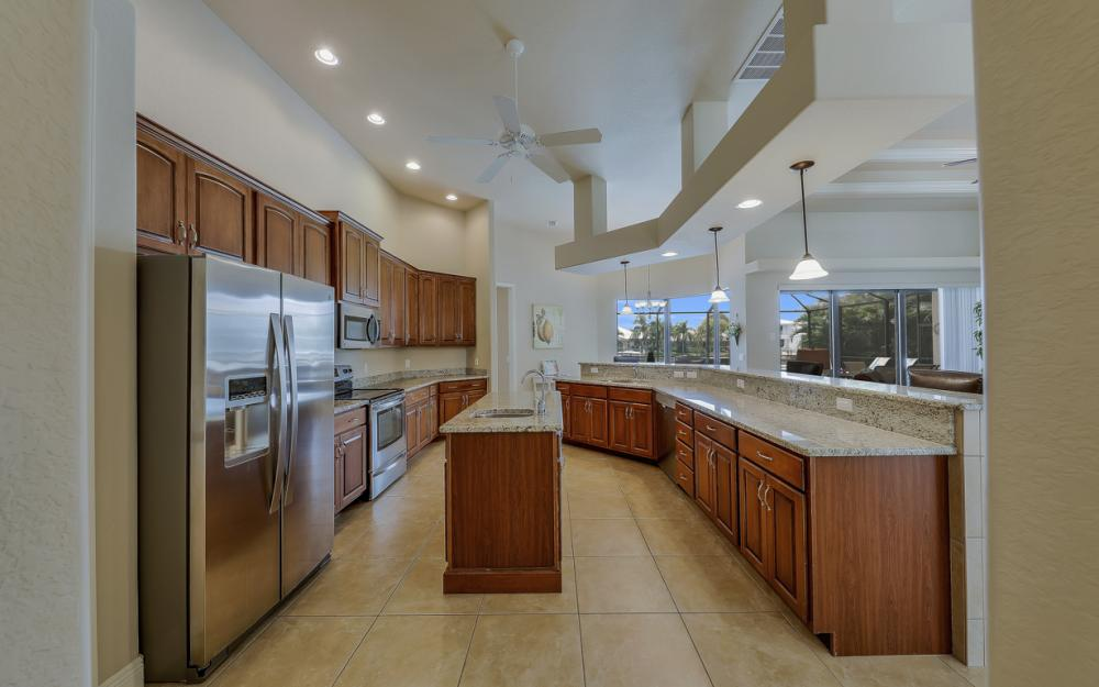 5231 SW 28th Pl, Cape Coral - Luxury Home For Sale 1738165343