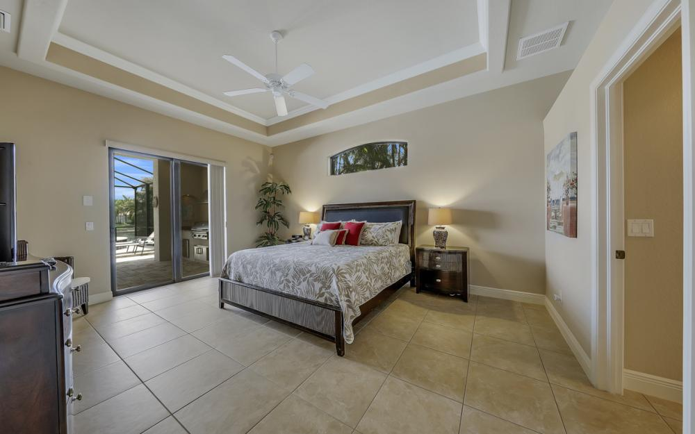 5231 SW 28th Pl, Cape Coral - Luxury Home For Sale 205046568