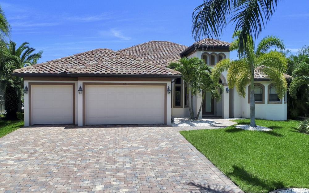 5231 SW 28th Pl, Cape Coral - Luxury Home For Sale 291773120