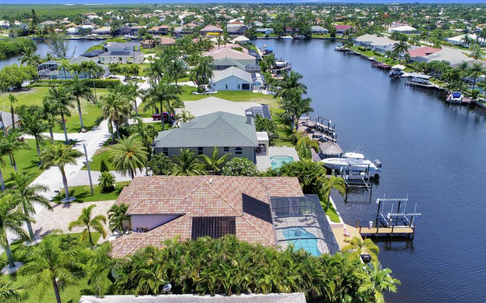 5231 SW 28th Pl, Cape Coral - Luxury Home For Sale 466873271