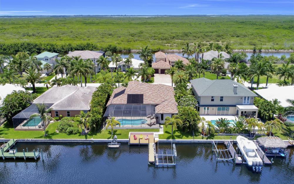 5231 SW 28th Pl, Cape Coral - Luxury Home For Sale 201973028