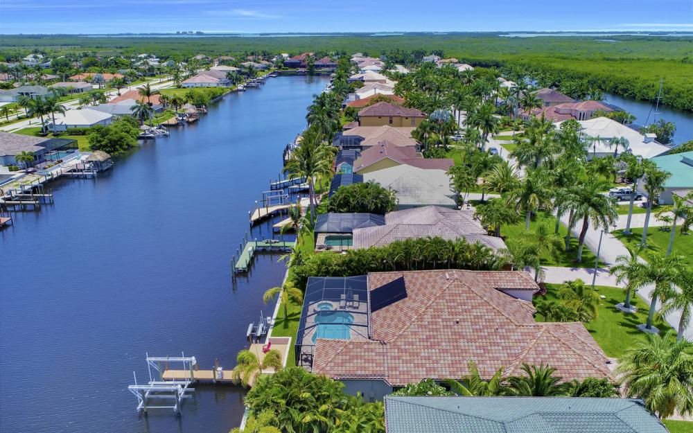 5231 SW 28th Pl, Cape Coral - Luxury Home For Sale 858423299