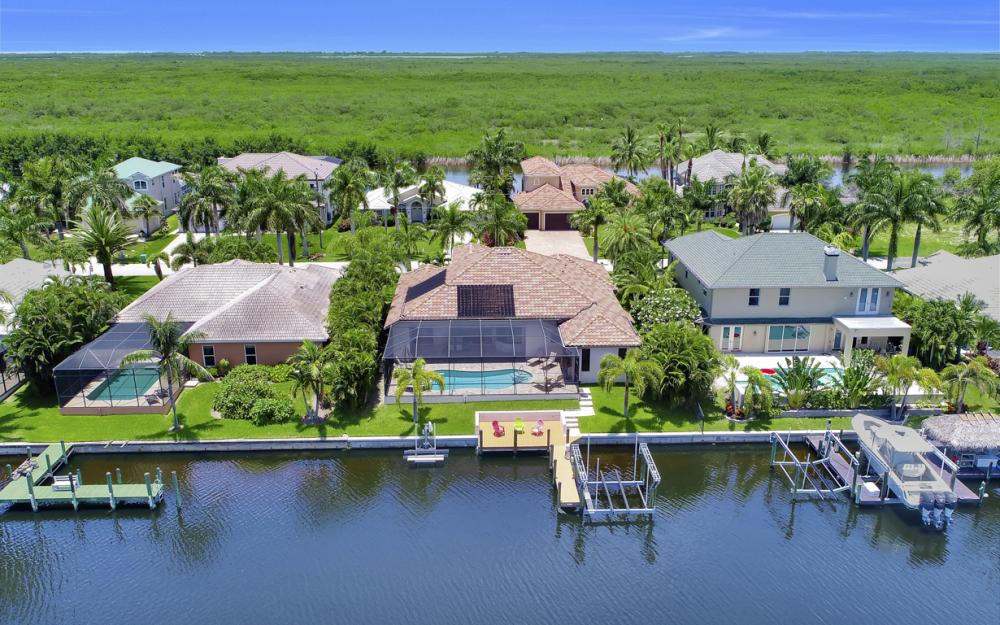 5231 SW 28th Pl, Cape Coral - Luxury Home For Sale 840273074