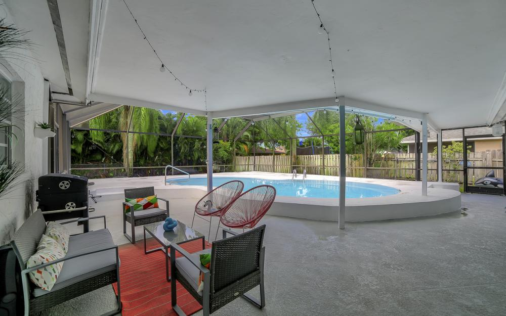 118 Willowick Dr, Naples - Home For Sale 496396034
