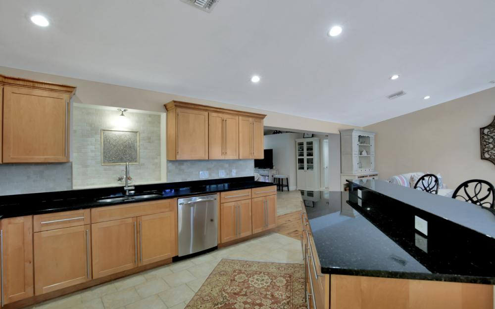 438 Cypress Way E, Naples - Home For Sale 293584248